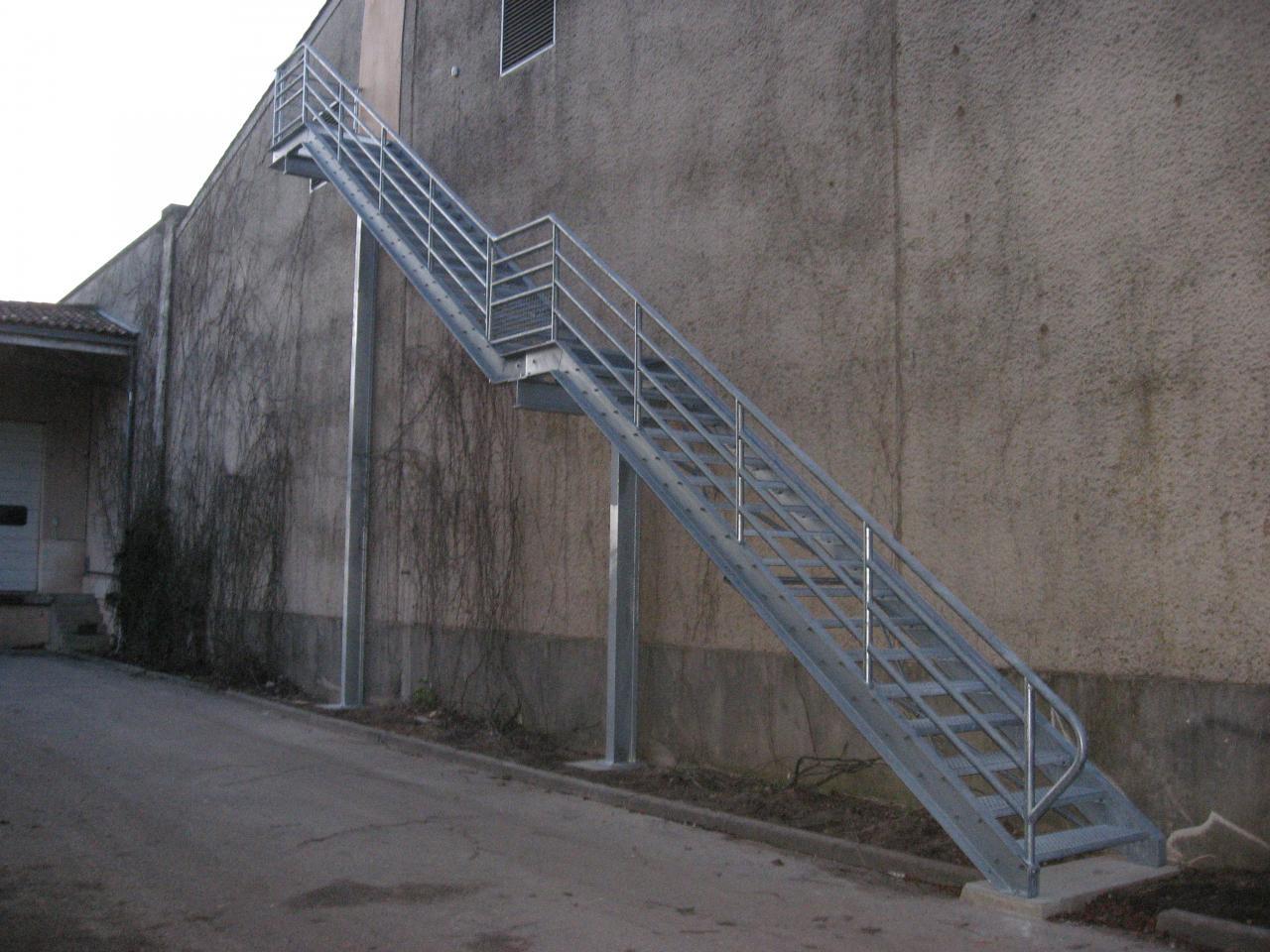 escalier industriel exterieur
