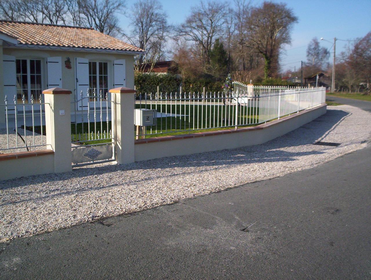 grilles + portail fer forgés galvanisés